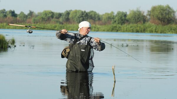 Рыбак на реке Припять - Sputnik Беларусь