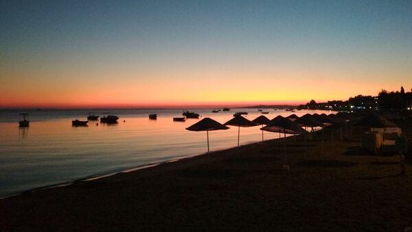 Закат на пляже в Турции, архивное фото - Sputnik Беларусь