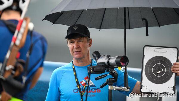 Старший тренер мужской сборной Беларуси по биатлону Андрей Падин - Sputnik Беларусь