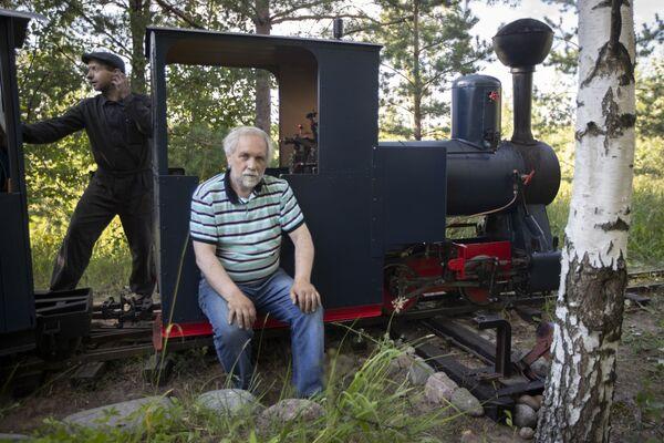Идея построить настоящую железную дорогу появилась у него еще в детстве - Sputnik Беларусь
