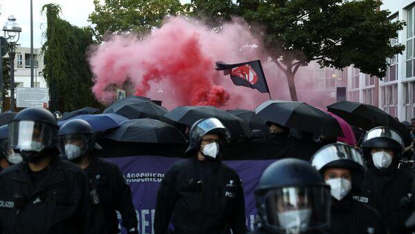 Протесты в Берлине - Sputnik Беларусь