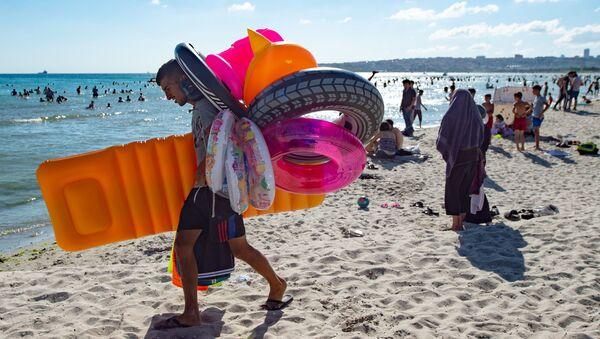 Пляжи Турции во время пандемии коронавируса - Sputnik Беларусь