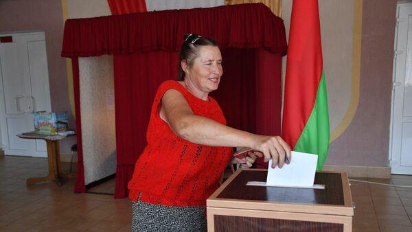 Досрочное голосование на выборах президента 2020 в Гомельской области - Sputnik Беларусь