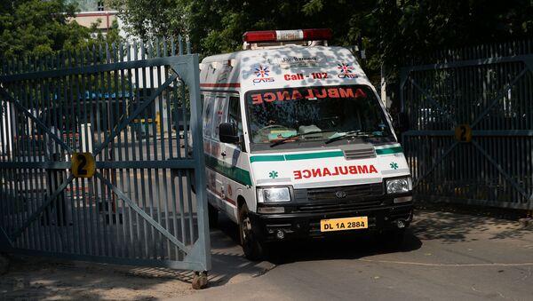 Машина скорой помощи в Индии, архивное фото - Sputnik Беларусь