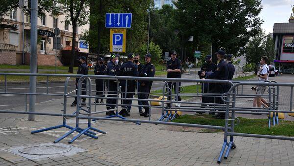 Милиция в центре Минска - Sputnik Беларусь