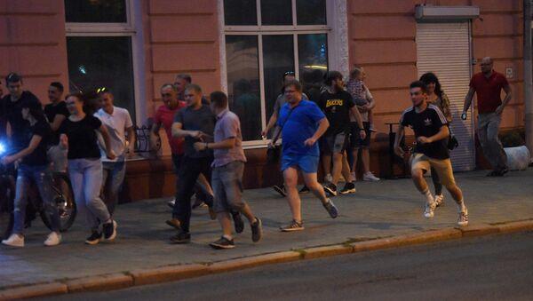 Протестующие в Гомеле на акции в понедельник - Sputnik Беларусь