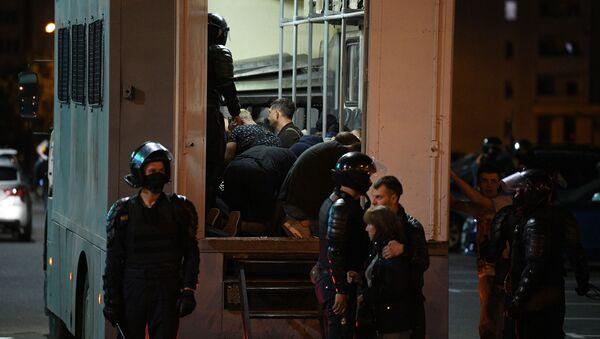 Третий день протестов после выборов - Sputnik Беларусь