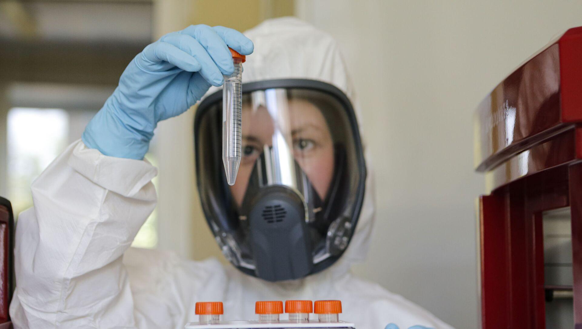Первая в мире вакцина от коронавируса - Sputnik Беларусь, 1920, 25.06.2021