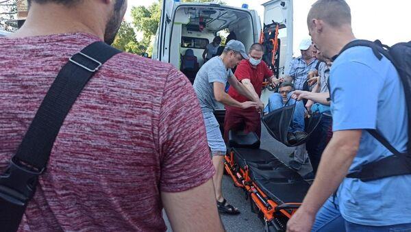 Мужчине стало плохо во время акции протеста - Sputnik Беларусь