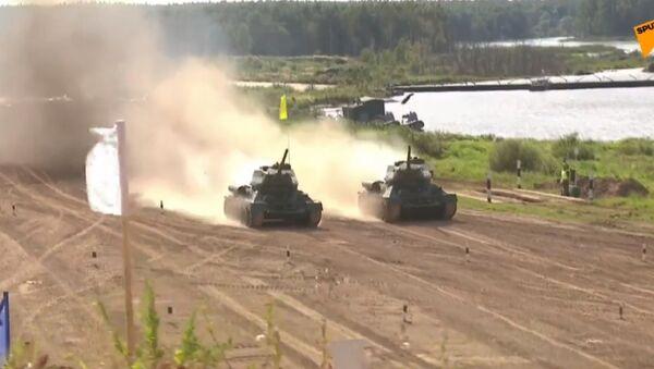Соревнования по танковому  биатлону Армия-2020  - Sputnik Беларусь