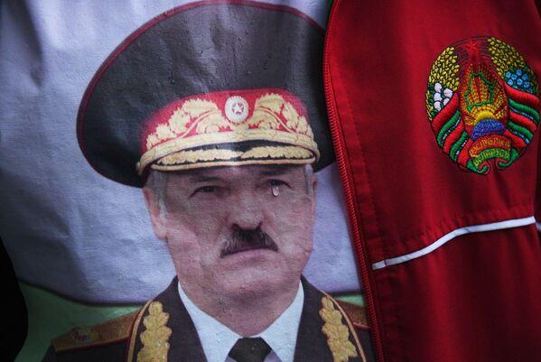 Акцыя ў падтрымку А. Лукашэнкі ў Мінску - Sputnik Беларусь