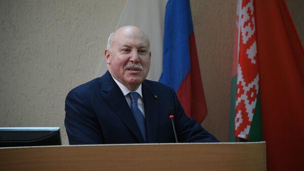 Чрезвычайный и полномочный посол России в Беларуси Дмитрий Мезенцев - Sputnik Беларусь
