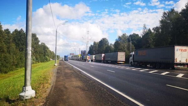 Очередь грузовиков  - Sputnik Беларусь