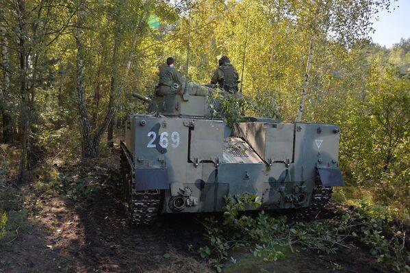 БМД-4 во время учений Славянское братство-2020 в Брестской области - Sputnik Беларусь