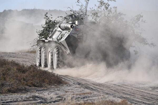 БТР-80 во время учений Славянское братство-2020 в Брестской области - Sputnik Беларусь