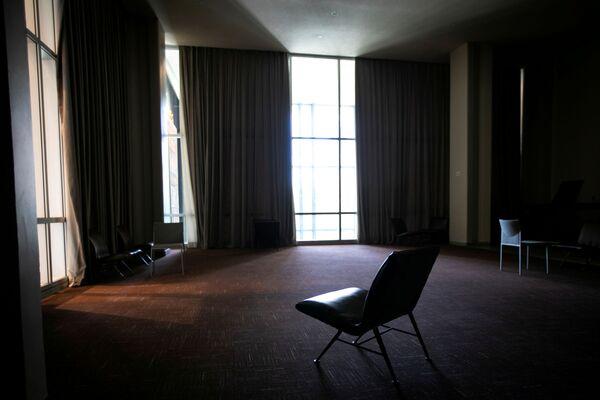 Пустой холл перед Залом Генеральной Ассамблеи в штаб-квартире ООН во время 75-й ежегодной дискуссии - Sputnik Беларусь