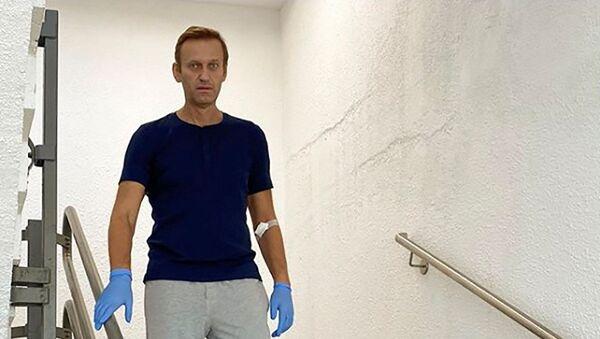 Алексей Навальный в берлинской клинике Charite - Sputnik Беларусь