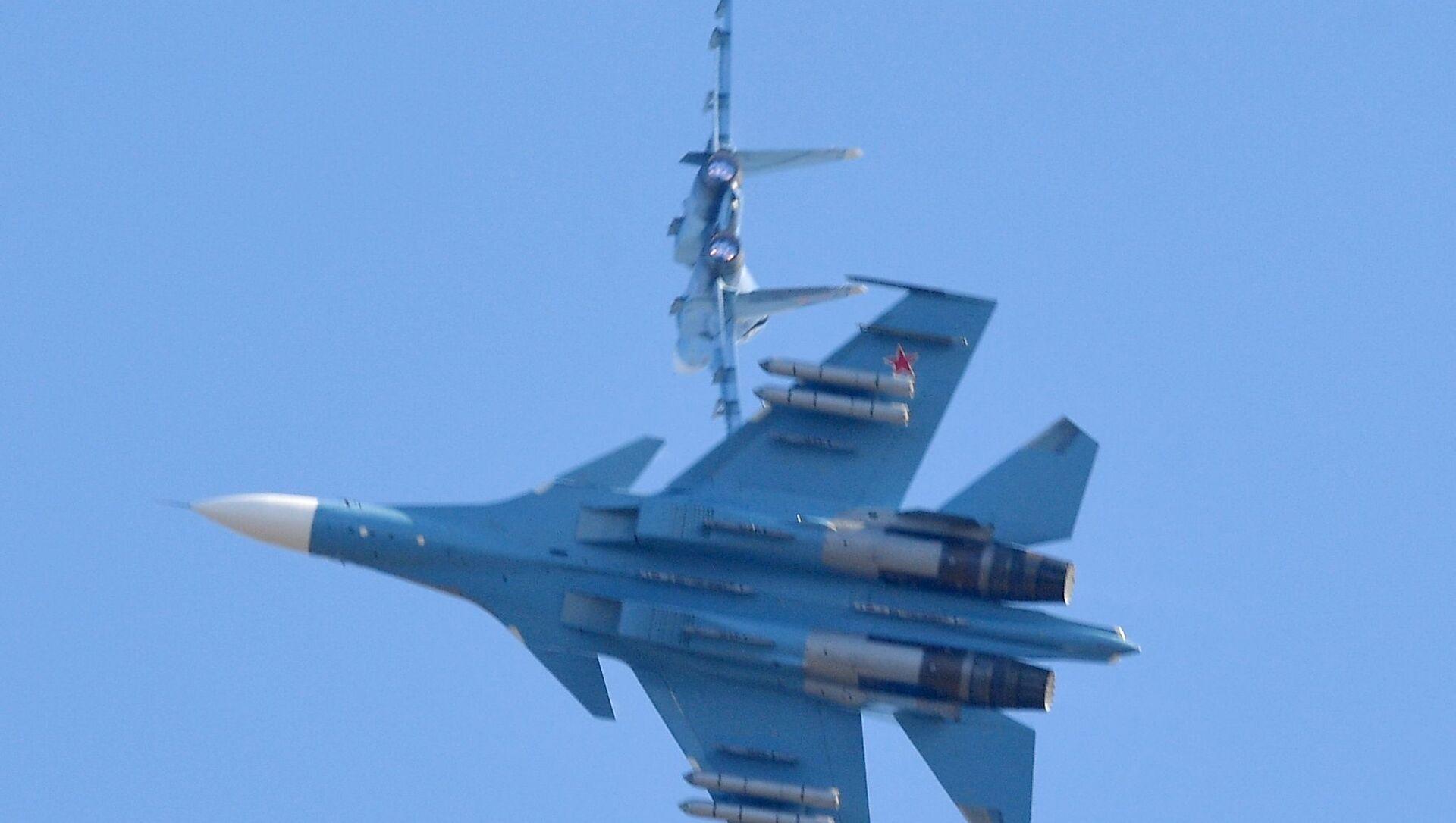 Истребители Су-30 белорусских ВВС  во время учений Славянское братство - 2020 - Sputnik Беларусь, 1920, 16.03.2021