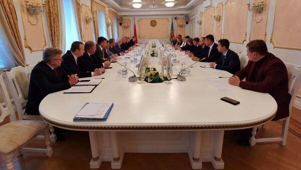 Заседание делегаций Витебской и Псковской областей - Sputnik Беларусь
