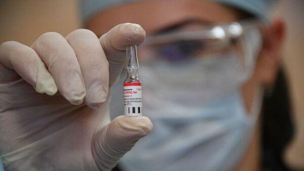 Начались клинические испытания российской вакцины в Беларуси - Sputnik Беларусь
