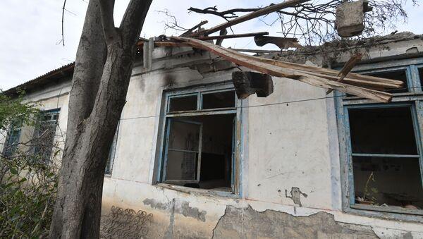 Будынак школы ў азербайджанскім Церцеры блізу Карабаха пасля абстрэлаў - Sputnik Беларусь