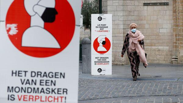 Агитационные плакаты в Брюсселе - Sputnik Беларусь