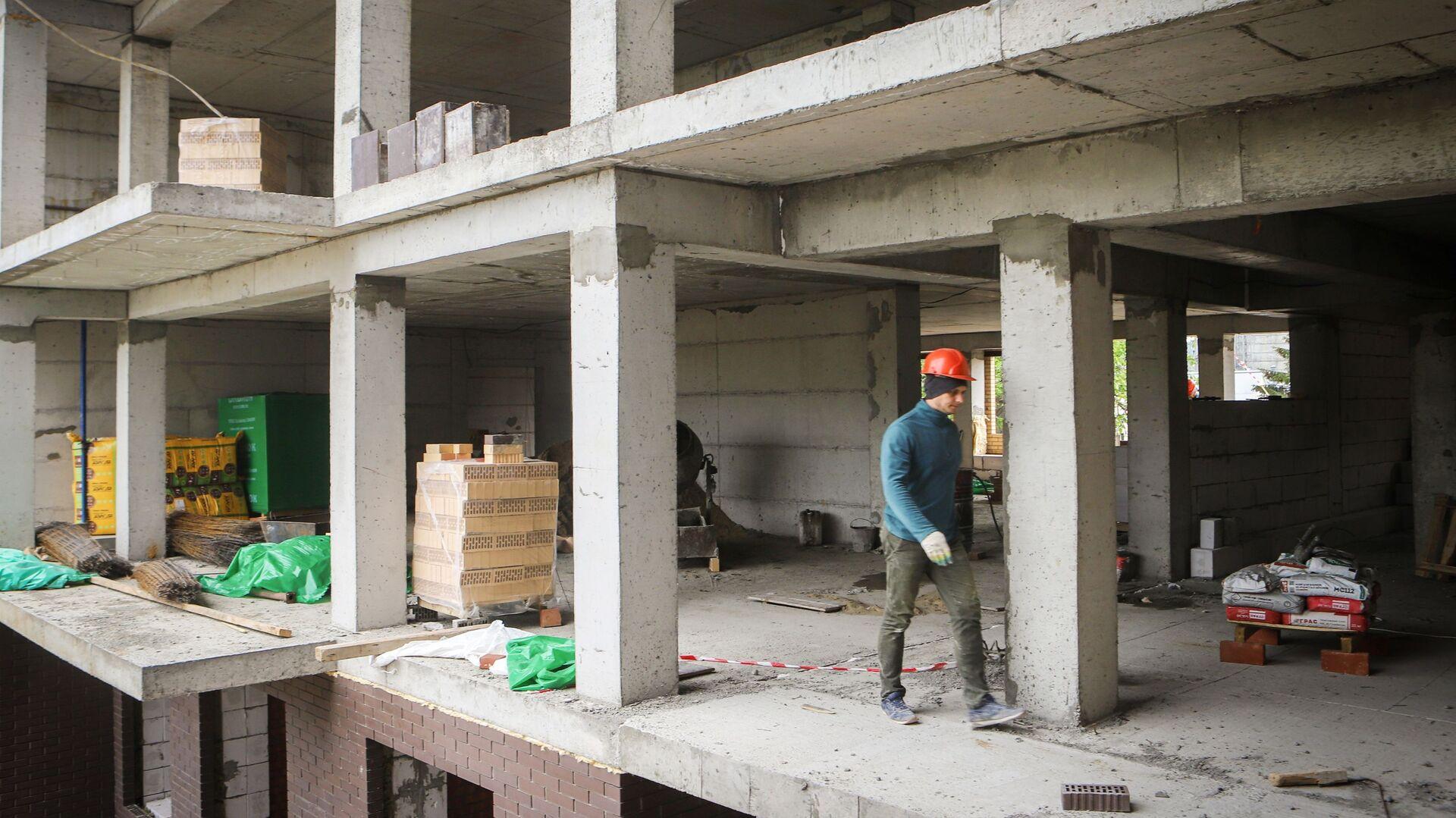 Строительство жилого дома  - Sputnik Беларусь, 1920, 02.03.2021