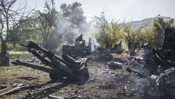 Разбитая военная техника армии обороны Нагорного Карабаха в районе Гадрута - Sputnik Беларусь