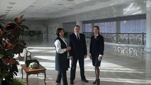 Злева направа: Наталля Лапцева, Аляксандр Бахановіч, Наталля Карчэўская - Sputnik Беларусь