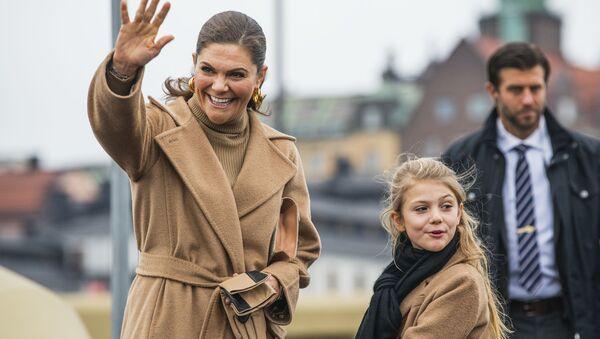 Шведская принцесса Виктория и ее дочка Эстель - Sputnik Беларусь