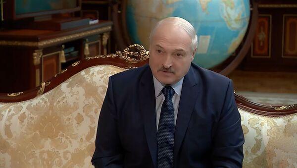 Лукашенко подозревает Кондрусевича в попытке разрушить Беларусь - видео - Sputnik Беларусь