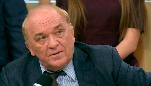Военный обозреватель Комсомольской правды, полковник в отставке Виктор Баранец - Sputnik Беларусь