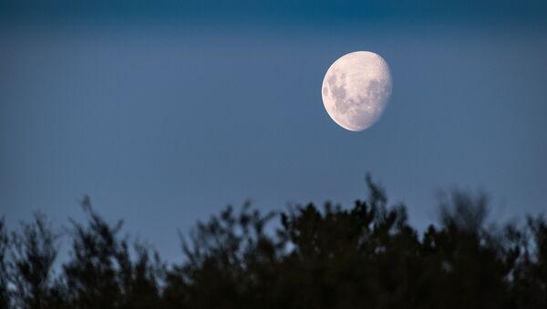 Луна, архивное фото - Sputnik Беларусь