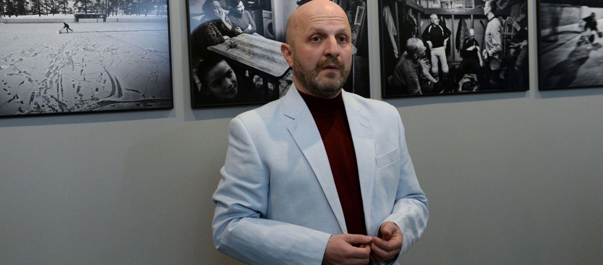 Специальный фотокорреспондент МИА Россия сегодня Владимир Песня - Sputnik Беларусь, 1920, 04.12.2020