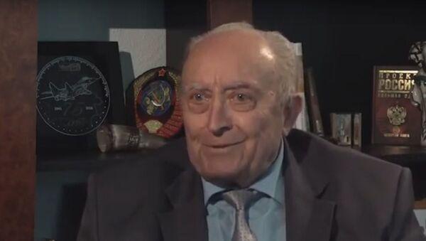 Ад інжынера да вялікага палітыка: чым запомніўся Вячаслаў Кебіч - відэа - Sputnik Беларусь