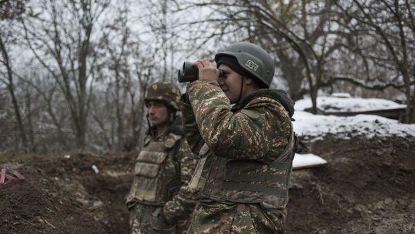 Военнослужащие армии непризнанной НКР, архивное фото - Sputnik Беларусь
