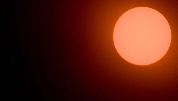 Дзень вярнуўся. Паглядзіце на адзінае поўнае сонечнае зацьменне ў годзе - Sputnik Беларусь