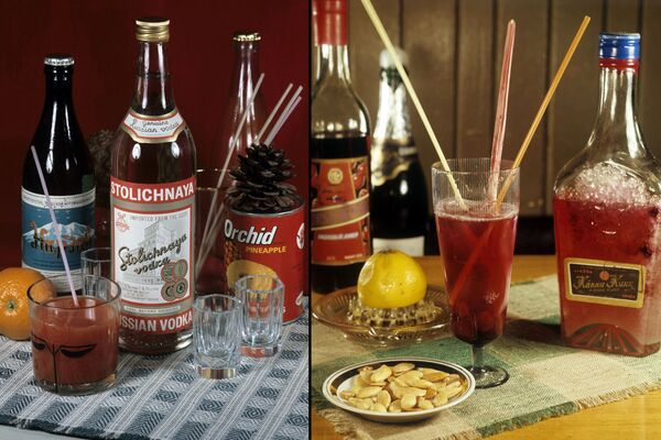 Ингредиенты для алкогольных коктейлей в московском (слева) и таллинском (справа) ресторанах. Любимые советские коктейли: Волга (водка Столичная, мятный и апельсиновый ликер, лимонный сок), Вишневый (вишневый ликер с шампанским, вишевым компотом и лимоном) и Старый Томас (ликер Вана Таллин, сок красной смородины, вишневый компот, лимон и вишня). - Sputnik Беларусь