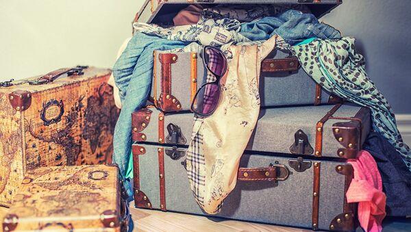 Одежда в чемодане - Sputnik Беларусь