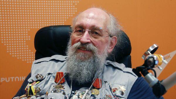 Журналіст, тэлевядучы, публіцыст Анатоль Васерман - Sputnik Беларусь