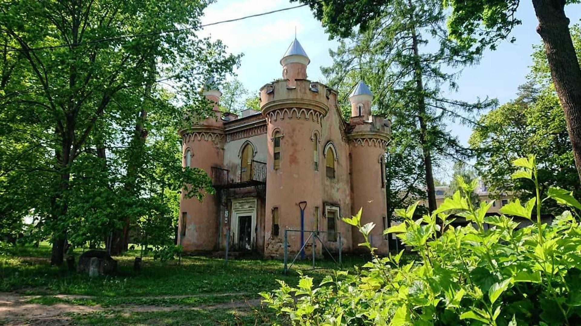 Миниатюрный замок Скарбница - Sputnik Беларусь, 1920, 29.06.2021