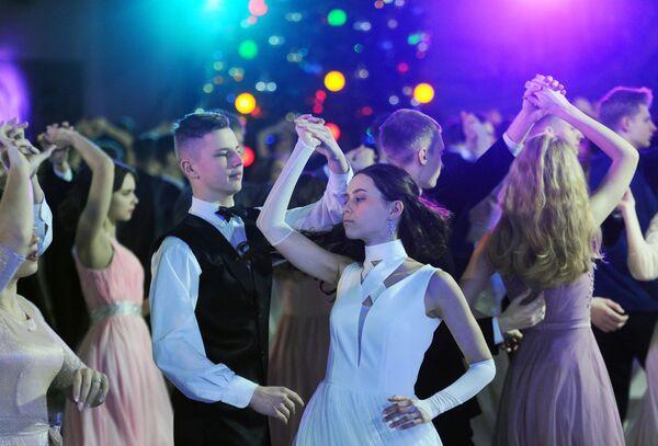Новогодний бал во Дворце детей и молодежи - Sputnik Беларусь