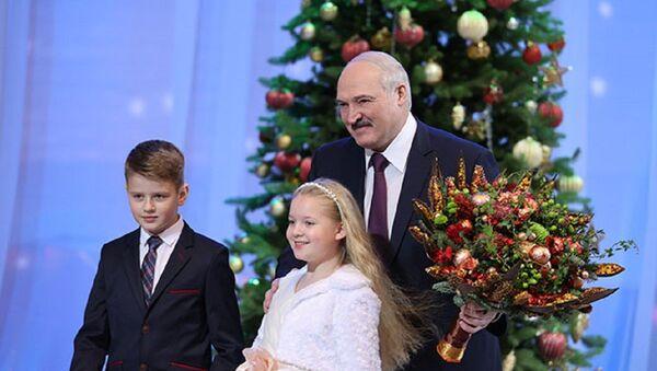 Лукашэнка выступіў перад дзецьмі. Што ён ім сказаў? - Sputnik Беларусь