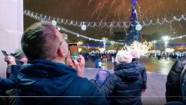 Новогодний салют в Минске, видео - Sputnik Беларусь