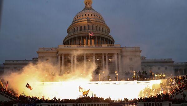 Взрыв у здания конгресса в Вашингтоне - Sputnik Беларусь