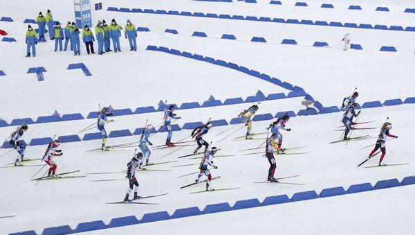 Смешанная эстафета на этапе Кубка мира по биатлону в Оберхофе, 10 января 2021 года. - Sputnik Беларусь