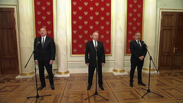 Видеофакт: Путин, Пашинян и Алиев подписали заявление по Карабаху - Sputnik Беларусь