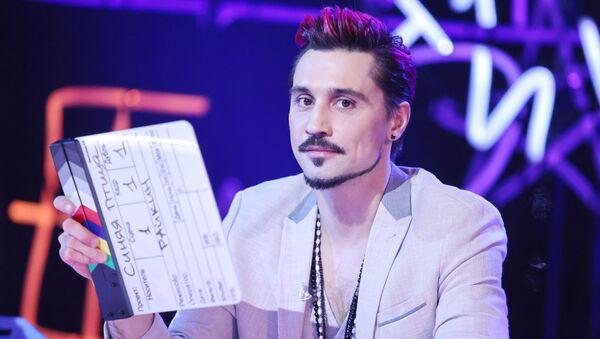 Член жюри конкурса Синяя птица певец Дима Билан во врем гала-концерта - Sputnik Беларусь