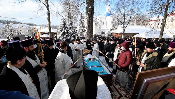 Прощание с духовным отцом: похороны митрополита Филарета - видео - Sputnik Беларусь