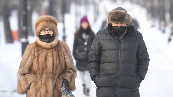 Москвичи в центре города - Sputnik Беларусь